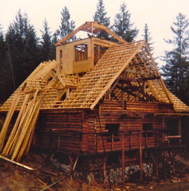 Building Our Hippie Log Mansion Shuswap Passion