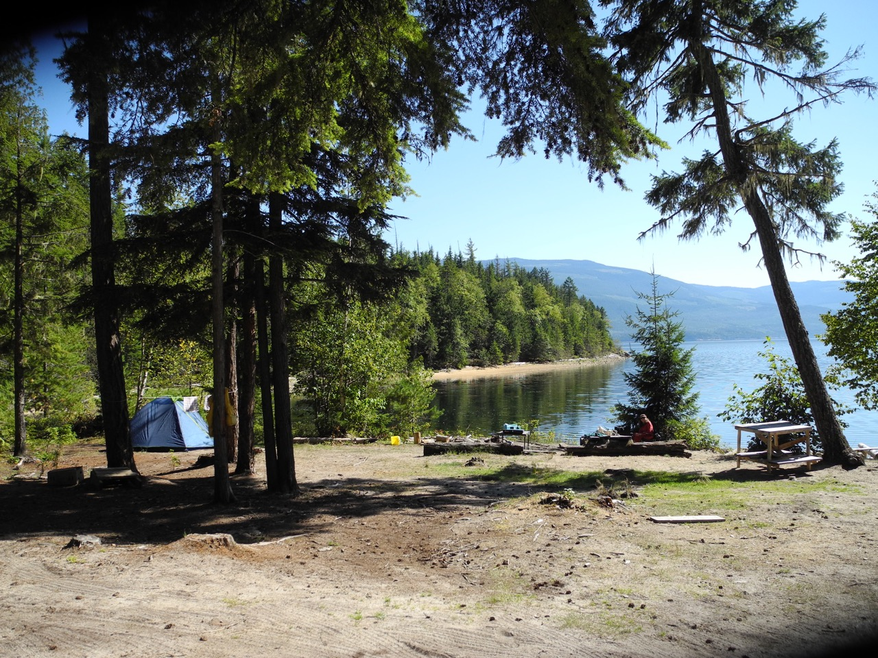 Many opportunities for camping in the shuswap shuswap for Lakes in bc with cabins